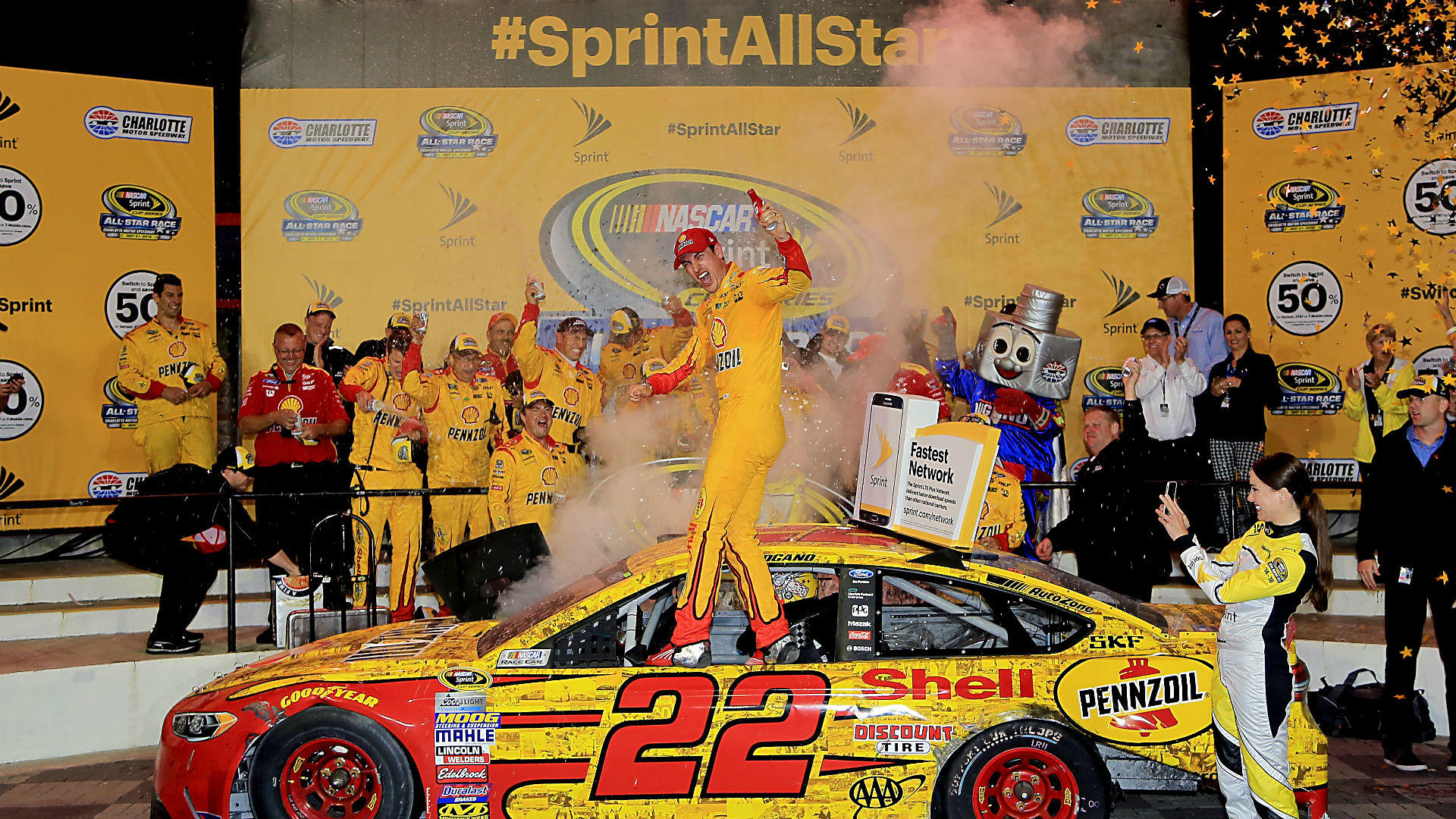 joey-logano-all-star-race-getty-ftrjpg_hhwt0qk6xumk1fytn2y3xgqzu